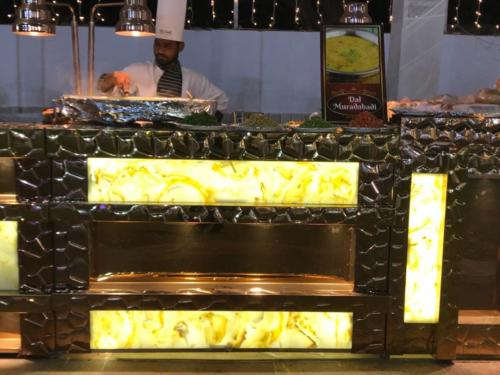 glorious gold set up-agrawal catering (2)